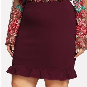 Dresses & Skirts - Plus Size Ruffle Hem Solid Mini Skirt